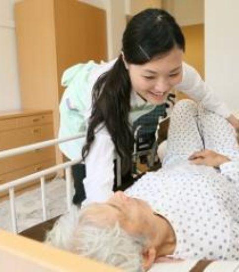 アースサポート株式会社アースサポート松江 訪問入浴ヘルパー