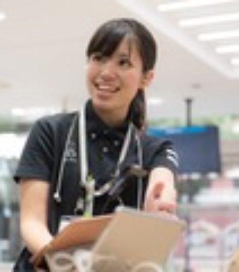 ユニバーサルフィールド株式会社★札幌市白石区 老健での介護業務 介護職